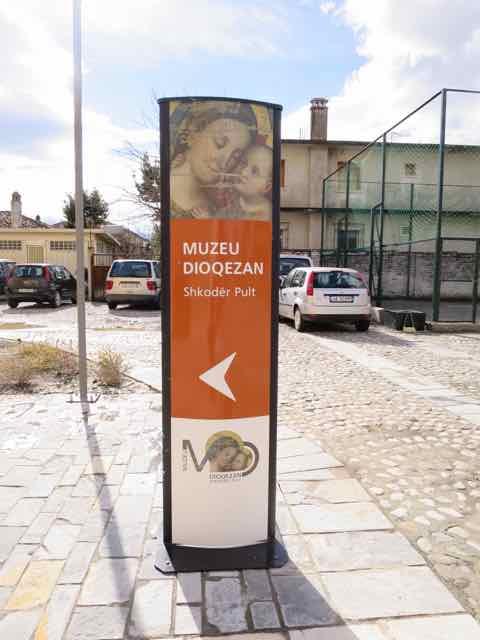 Indgang til Diocesan Museet i Shkodër
